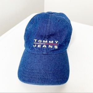 Tommy Jeans baseball hat